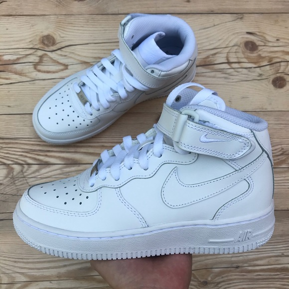 air force 1 mid 06